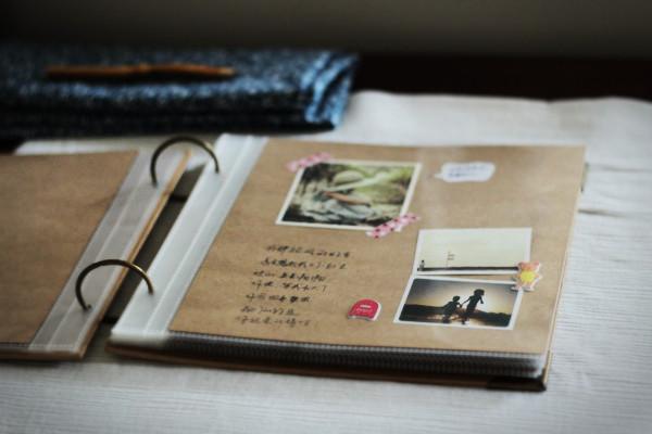 album scrapbooking polaroid